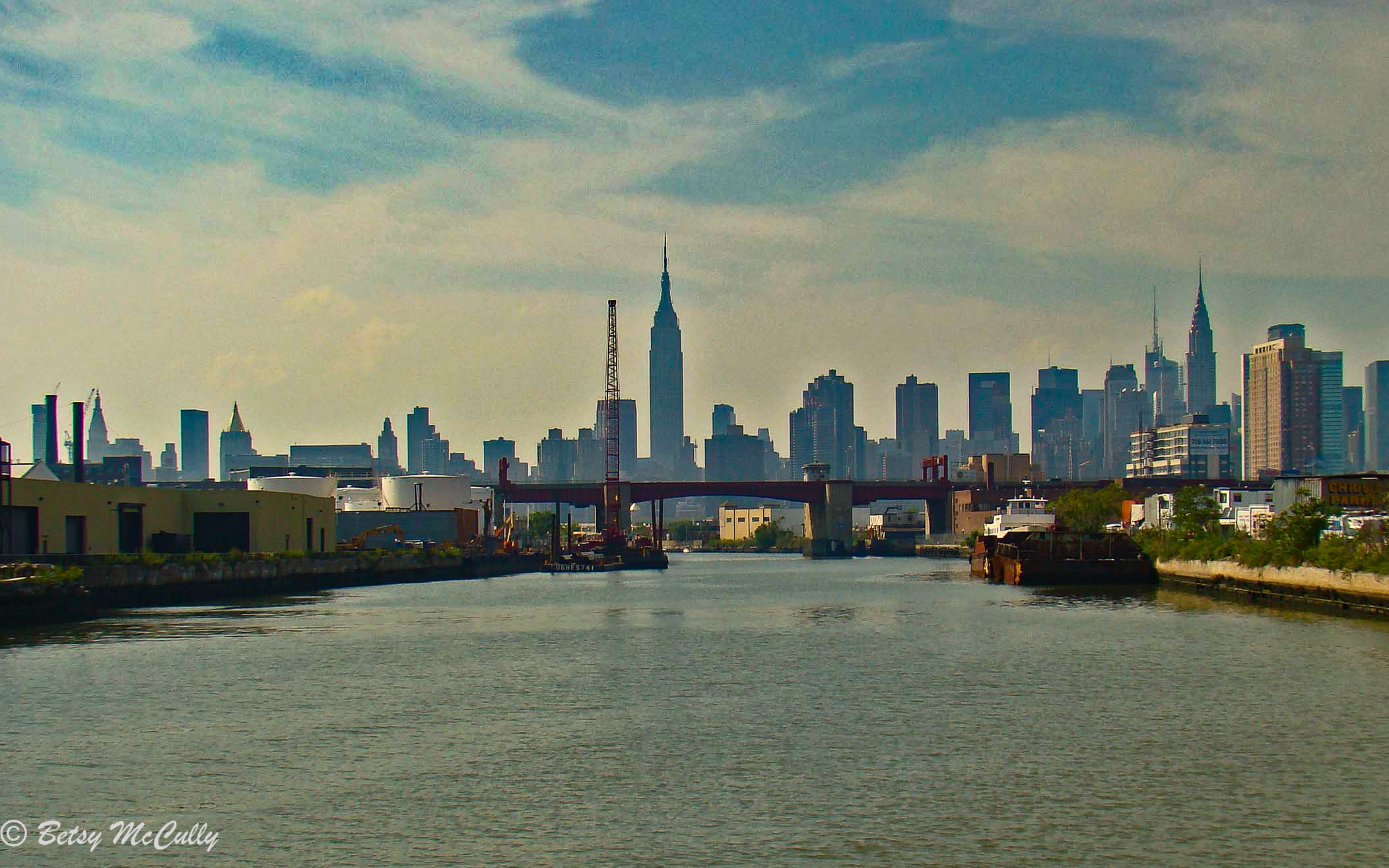 viw of Manhattan from Newtown Creek