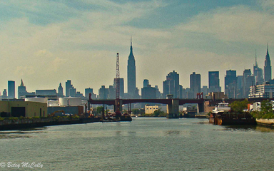 photo of Manhattan skyline seen from Newtown Creek